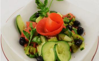 Coban salatasi Hirtensalat gross